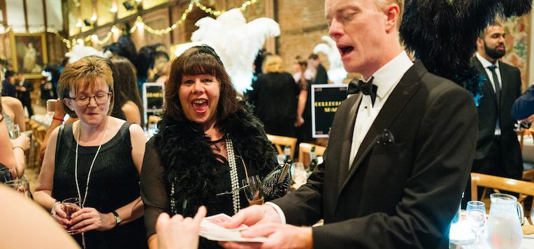 Hire a magician for your event: Darren Delaney