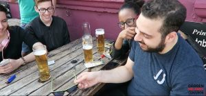 Magic Video: sunglasses trick